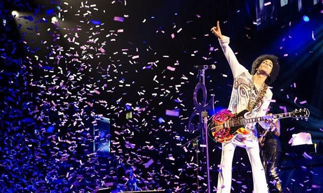 """Prince a """"purple rain"""", předpokládáme"""