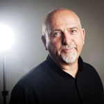 Peter Gabriel zveřejnil novou skladbu
