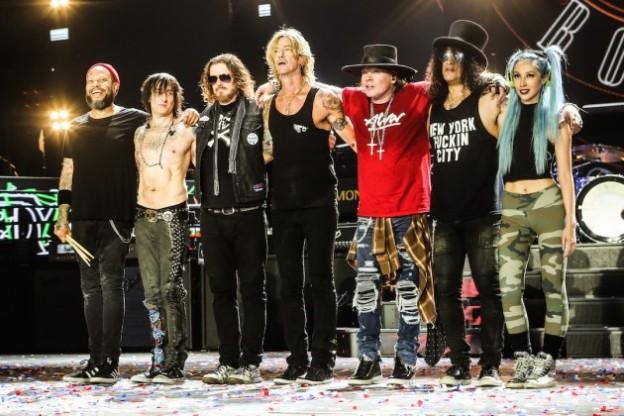 Guns-N-Roses-Metlife-5